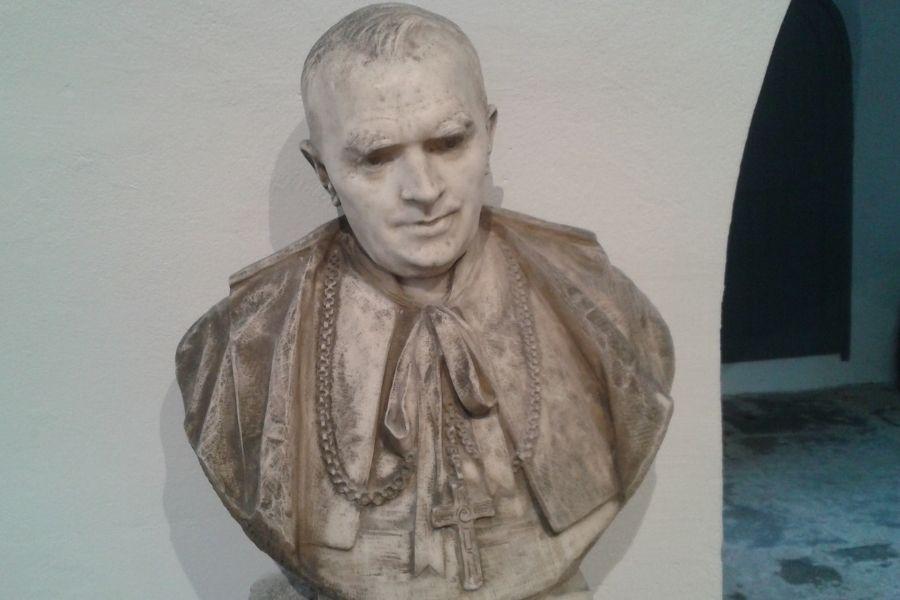 Buste du Cardinal VERDIER