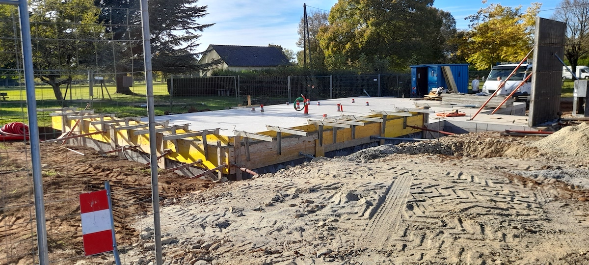 Lacroix-Barrez construction M.A.M.
